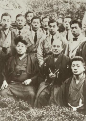 img_Ueshiba Onisaburo Deguchi e O'Sensei